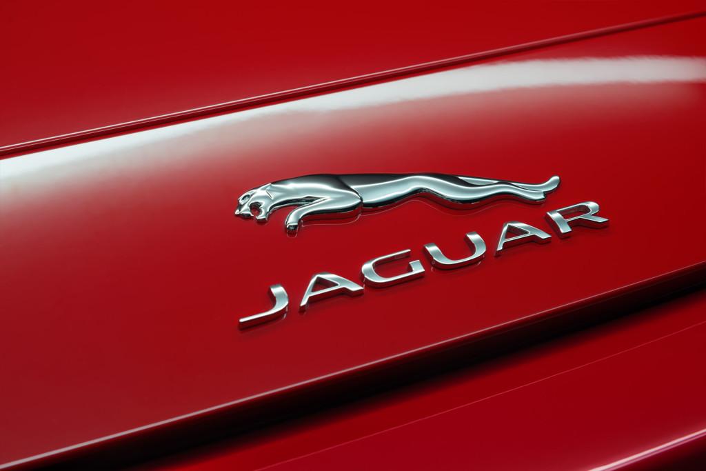 Jaguar-FType-01